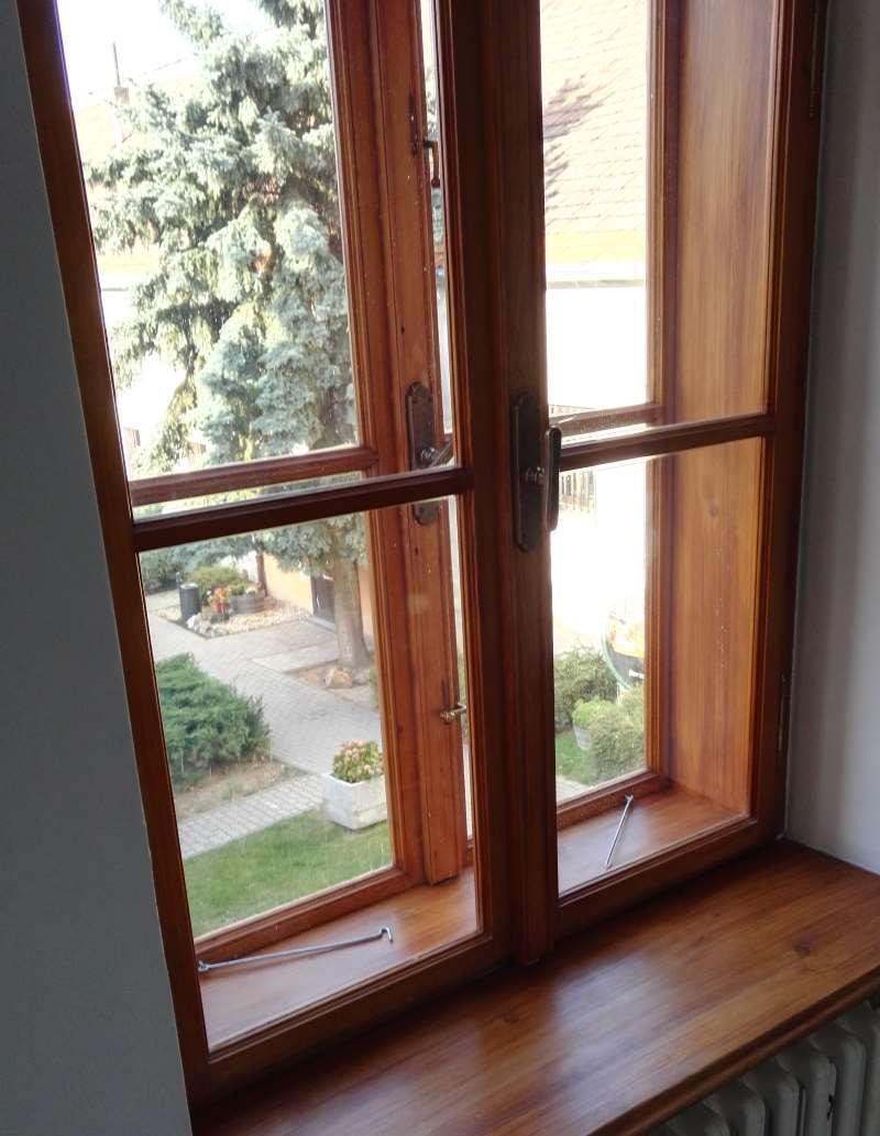 Kastlové rustikálne okná